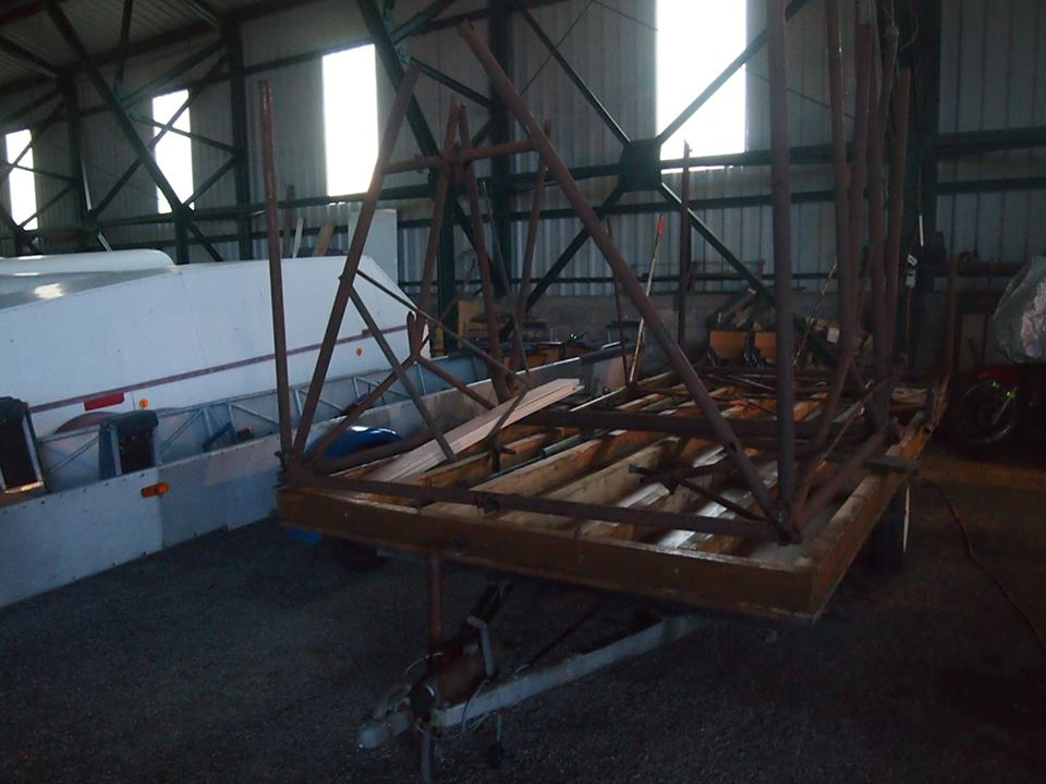 [Gliderborne] Restauration planeur WACO CG-4A 1507997_1433954940154686_2072448635_n